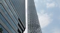 Dnes jsme se tedy přece jen vydali k nejvyšší stavbě Tokia, která nás uvítala dvouhodinovým čekacím lístkem. Naše kroky tak předtím směřovaly do akvária, jež je příhodně postaveno v komplexu. […]