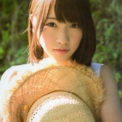 Dvě členky AKB48 a organizátor poraněni na akci s fanoušky